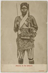 Amazona de la monarquía del rey Behanzin (1889-1894) / Fotografía extraída de la casadelmundo.com